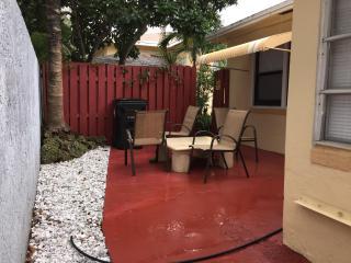 2 Bedroom - 1 Bath. Fort Lauderdale Apartment