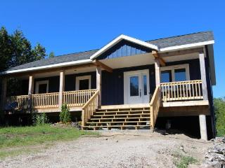 New Cottage for rent on the Bruce Peninsula, Miller Lake