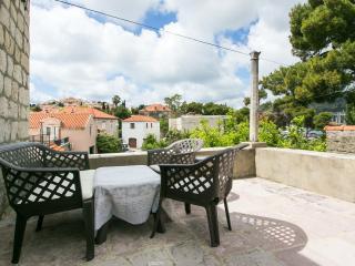 Villa Marini Dvori-  Two-Bedroom Apartment with Terrace