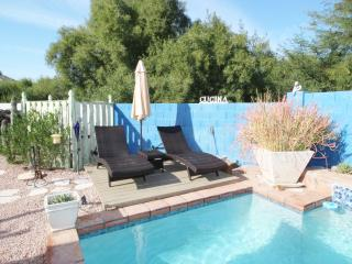 "BEAUTIFUL HOME PRIVATE POOL/ FAMILY FUN ""PERFECT"", Phoenix"