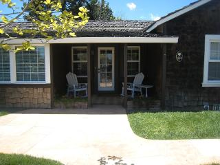 3 BR Relaxing Retreat Just 2 Blocks to the Beach, Santa Cruz
