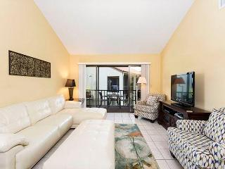 Siesta Dunes Beach 201, 2 Bedrooms, Large Heated Pool, Spa, WiFi, Sleeps 6, Siesta Key