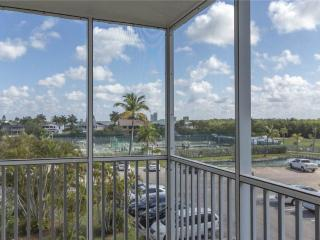 Bonita Beach & Tennis 4302, 1 Bedroom, 3rd Floor, 2 Heated pools, Sleeps 4, Bonita Springs