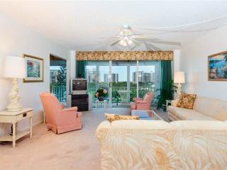 Marina Towers 406, 2 Bedrooms, Bay Front, Elevator, Heated Pool Sleeps 6, Fort Myers Beach