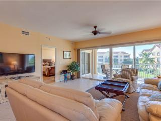 Bella Lago 434, 3 Bedrooms, Elevator, Heated Pool, Tennis, Gym, Sleeps 6, Fort Myers Beach