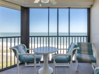 Riviera Club 803, Beach Front, Elevator, Heated Pool, Fort Myers Beach