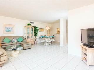 Sandarac A702Sandarac A702, 3 Bedrooms, Gulf Front, Elevator, Heated Pool, Fort Myers Beach