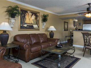 Windward Point 212, 2nd Floor, Elevator, Heated Pool, Fort Myers Beach