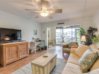 Estero Yacht & Racquet 311, Ground Floor, Canal View, Heated Pool, Tennis, Fort Myers Beach