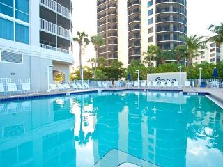 Gullwing 602, 3 Bedrooms, 6 Floor Gulf Front, Elevator, Gym, Heated Pool, Fort Myers Beach