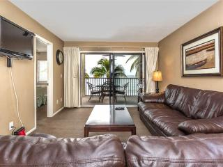 Seaside 108, Gulf Front, Elevator, Heated Pool, Fort Myers Beach