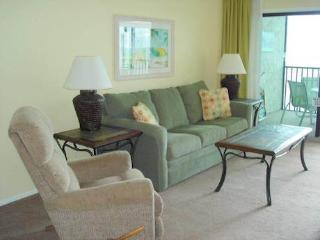 Seaside 303, Gulf Front, Elevator, Heated Pool, Fort Myers Beach
