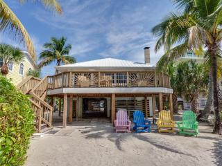 The Crow's Nest, Gulf Front, Sleeps 8, Fort Myers Beach