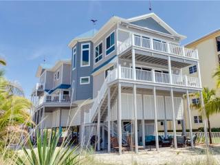 Warm Sands, Gulf Front, 4 bedrooms, Fort Myers Beach