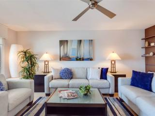 Gateway Villa 897, Gulf Front, Luxury 2 bedrooms, Elevator, Heated Pool, Fort Myers Beach
