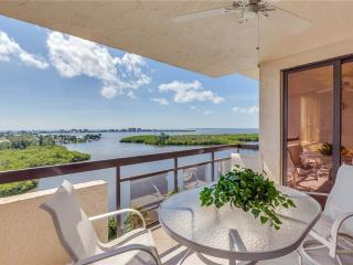 Boardwalk Caper #1104, Penthouse 3 bedrooms, 4 pools, elevator, gym, tennis, Fort Myers Beach