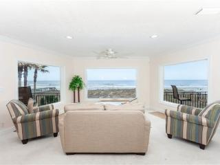 Golden Star Upper Level, 4 Bedroom & Loft, Sleeps 12, Beach Front near Mayo, Jacksonville Beach