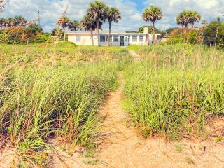 Three Palms Beach House, 4 Bedrooms, Ocean Front, Pet Friendly, Sleeps 8, Ponte Vedra Beach