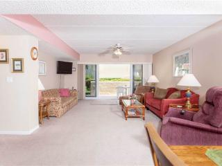 Pier Point South 37, 2  Bedroom, OceanView, Beach Pier, WiFi, Sleeps 6, Saint Augustine