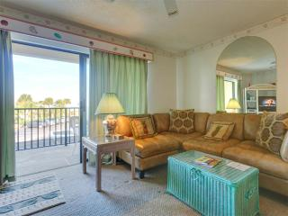 Ocean Villas 40, 2 Bedroom, Ocean View, Pool, WiFi, Sleeps 7, Saint Augustine