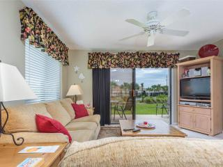 Ocean Village Club E12, 2 Bedrooms, Ground Floor Unit, 2 Pools, Sleeps 4, Saint Augustine
