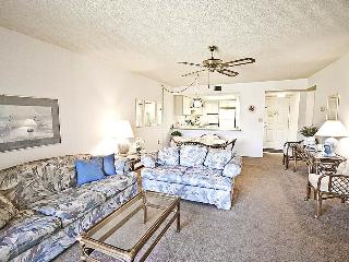 Ocean Village Club P27, 2 Bedroom, Heated Pool, WiFi, Sleeps 6, Saint Augustine