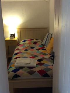 Second Bedroom- single bed