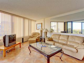 Captains Quarters 105, 2 Bedroom, Ocean View, 2 Elevators, Pool, Sleeps 6, Saint Augustine