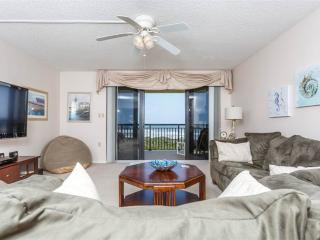 Barefoot Trace 315, 2 Bedrooms, Ocean Front, Pool, WiFi, Sleeps 6, Saint Augustine Beach