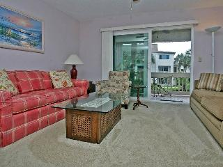 Four Winds H7, HDTV, 2 pools, tennis, beach access, Saint Augustine