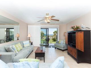 Summerhouse 132, 2 Bedrooms, Ocean View, 4 Heated Pools, WiFi, Sleeps 6, Saint Augustine
