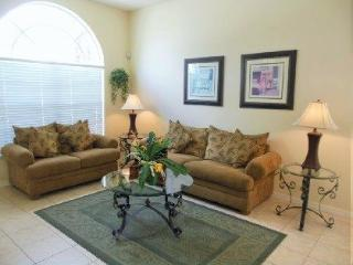 Gorgeous 5 Bed 4 Bath Pool Home in Glenbrook. 16617PS, Kissimmee