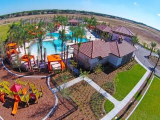 Stunning 5 Bed 4 Bath Pool Home in Solterra. 5368OA, Davenport
