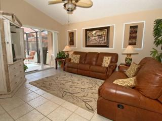 Relaxing 4 Bedroom 3 Bathroom Pool Home in Solana Resort. 114SA., Kissimmee
