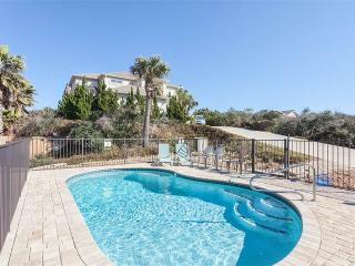 Amazing Grace Beach Front House, 3 bedrooms, Brand New Pool, HDTV, wifi, Saint Augustine