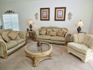 Gorgeous 4 Bedroom 3.5 Bath Pool Home with Spa in Glenbrook. 1616MSD, Kissimmee