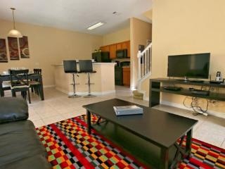 Terra Verde 4 Bedroom Townhouse with Private Pool. 4770VBP, Orlando