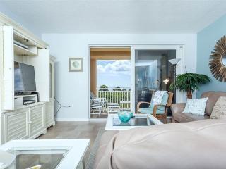 Surf Club II 218, 3 Bedrooms, Ocean Front, 2nd Floor, Pool, WiFi, Sleeps 8, Palm Coast