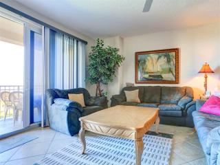 Surf Club II 305, 3 Bedrooms, Ocean Front, 3rd Floor, Pool, WiFi, Sleeps 6, Palm Coast