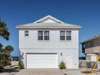 Water's Edge, 4 Bedrooms, Ocean Front, WiFi, Sleeps 10, Flagler Beach