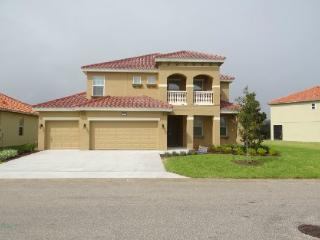 6 Bedroom Pool Home In Solterra Sleeps 14. 4164OD, Kissimmee