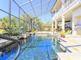 Sea Winds, 4 Bedrooms ,Private Pool, Ocean Hammock, WiFi, Sleeps 10, Palm Coast