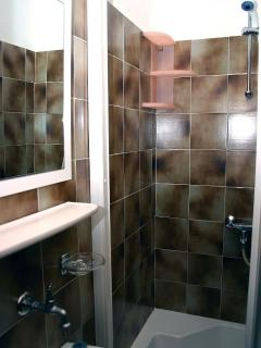 A1(6): bathroom