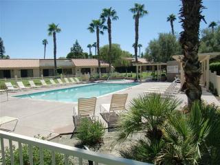 Golf / Tennis / Pool Getaway, Palm Desert