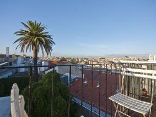 Trindade apartment in Baixa/Chiado with WiFi, balcony & lift.