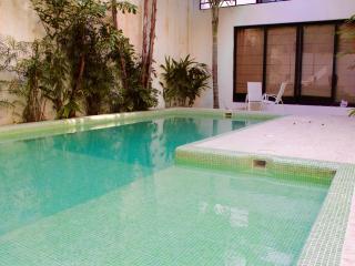 Cozy 2 bedrooms apartment in downtown, Playa del Carmen