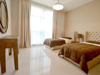 Vacation Bay   Community View 2BR   Downtown 96266, Dubai