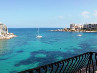 Spinola Bay Seafront 3 bedroom Mansion A in St Julian's