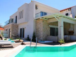Villa Ella Southcoast Crete, großer Pool, Jacuzzi, Pitsidia