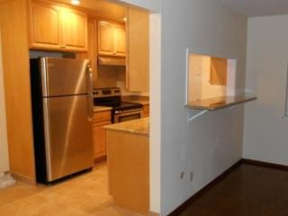 LOVELY 2 BEDROOM FURNISHED BURLINGAME APARTMENT, Burlingame